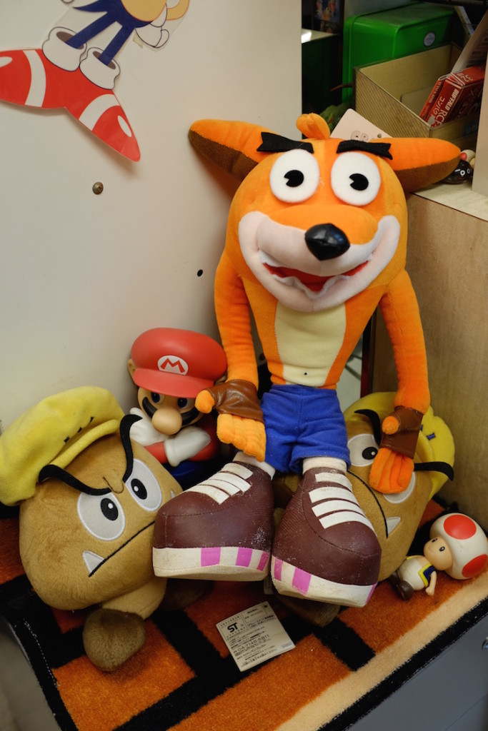 who remembers crash bandicoot?