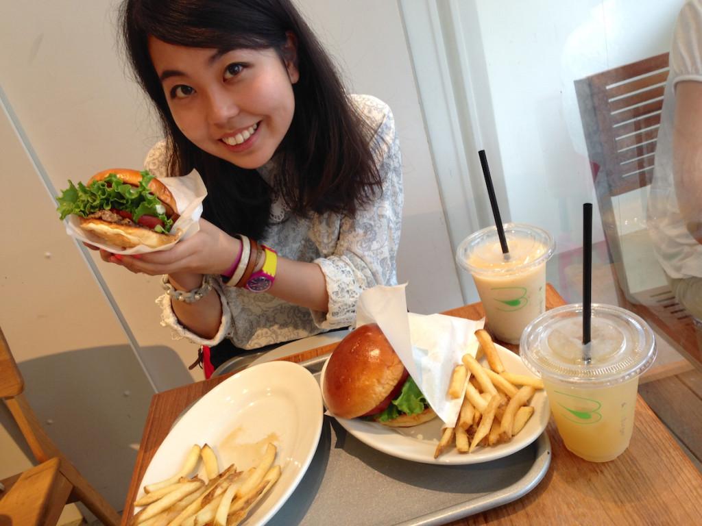 third burger with shiori