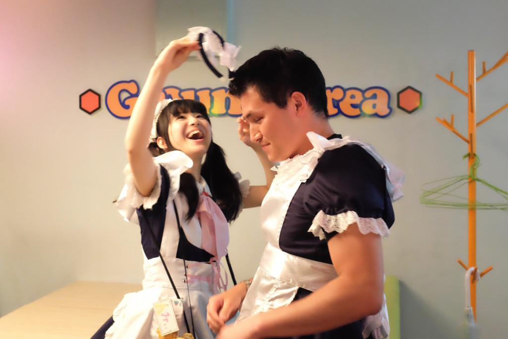 crowning the maid princess