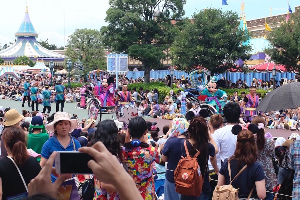 disneyland tanabata parade