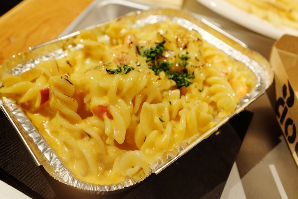 js foodies macaroni and cheese