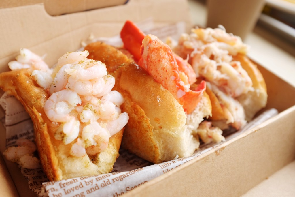 js foodies lukes lobster rolls
